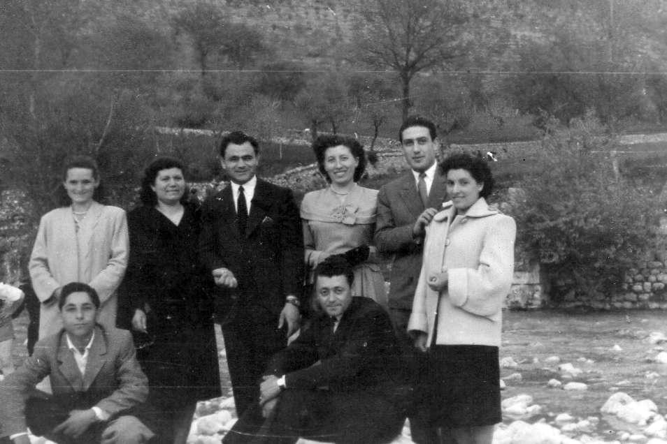 img104 pasqua 13 04 1952